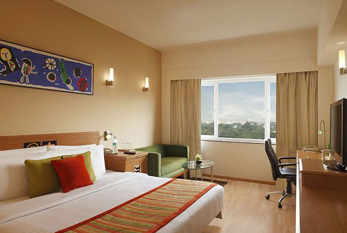 Lemon Tree Hotel Electronic City Bangalore Executive Room